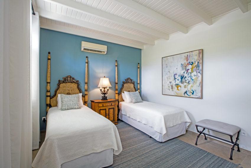 040-Guest Room 4
